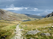 Descending the pathway to Ogwen
