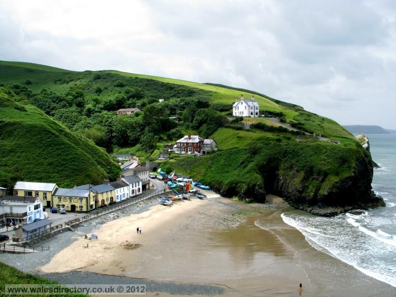Enlarged picture of Llangrannog Beach