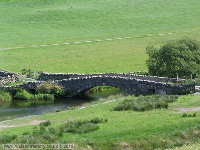 Enlarged picture of Stone Bridge over the Machno