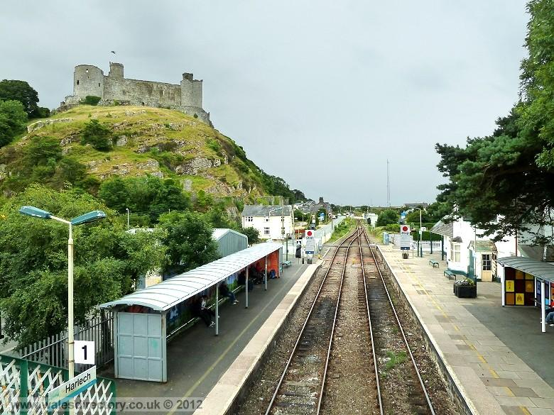 Enlarged picture of Harlech Railway Station