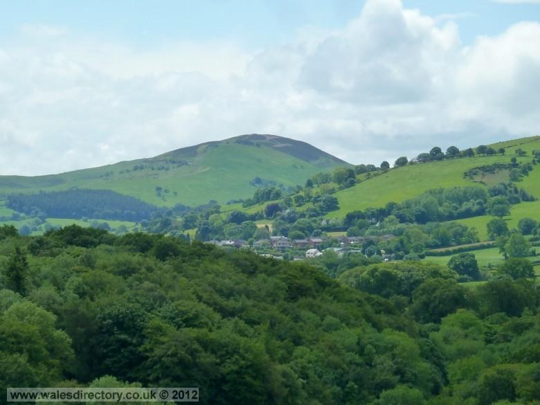 Enlarged picture of Llanferres and Moel Gyw