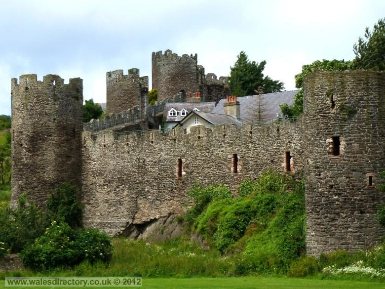 Enlarged picture of Conwy Town Walls - South Wall Towers