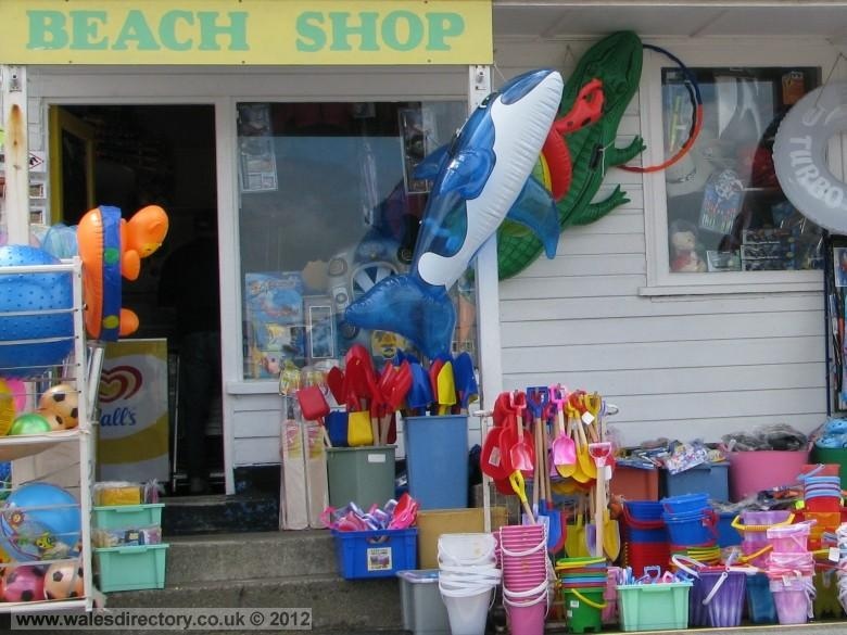 Enlarged picture of Beach Shop