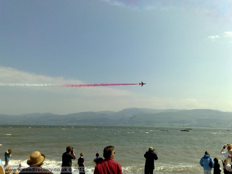 Enlarged picture of Red Arrows from Beaumaris