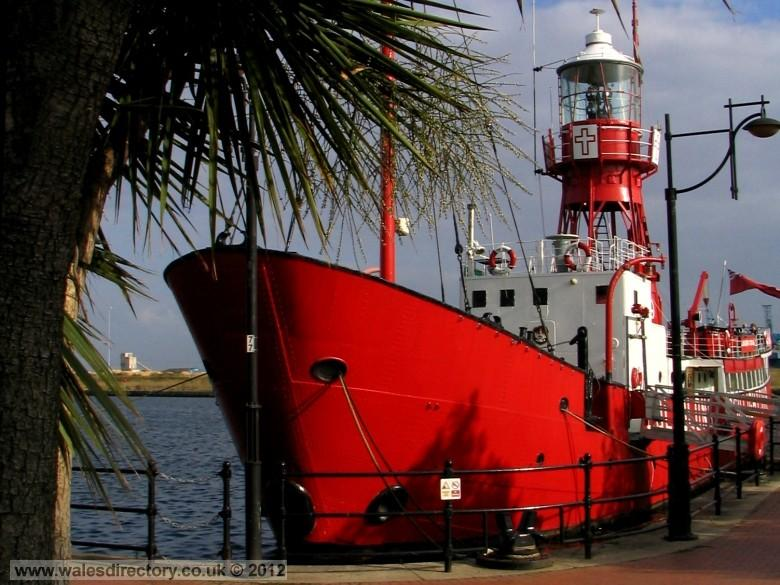 Enlarged picture of Lightship2000